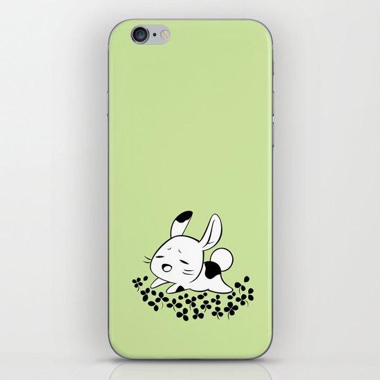Clover Field iPhone & iPod Skin