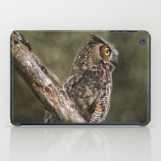 Great Horned Owl II iPad Case