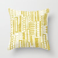 Golden Doodle humpy Throw Pillow