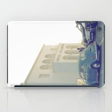 Hotel Atlantis Vintage Moment  iPad Case
