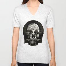 Room Skull B&W Unisex V-Neck