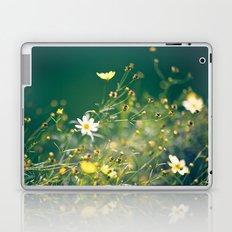 Spring Applause Laptop & iPad Skin