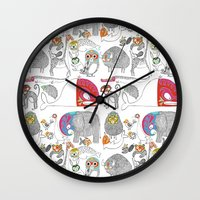 Animales Luchadores Wall Clock