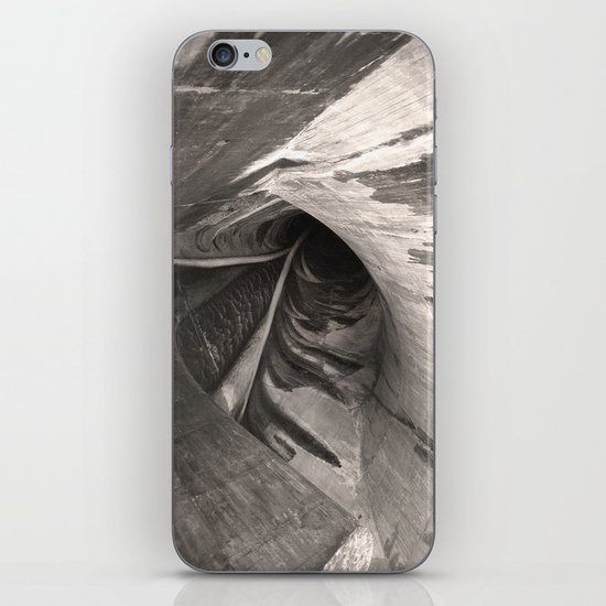 Dam Reticulation - the Void iPhone & iPod Skin