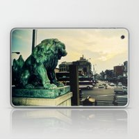 Kyoto temple entrance Laptop & iPad Skin
