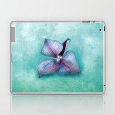 LONGING FOR SPRING Laptop & iPad Skin