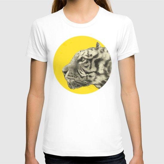 Wild 4 - by Eric Fan and Garima Dhawan T-shirt