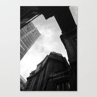 Through the city Canvas Print
