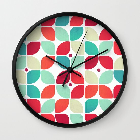 Vintage Garden Pattern Wall Clock