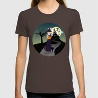 T-shirt featuring Cute Halloween Witch Wit… by PLdesign