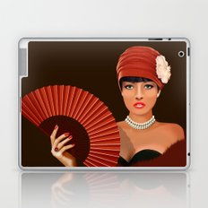 The beautiful lady with green eyes Laptop & iPad Skin