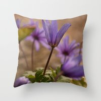 Purple daisies blooming Throw Pillow