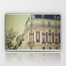 La Parisienne Laptop & iPad Skin