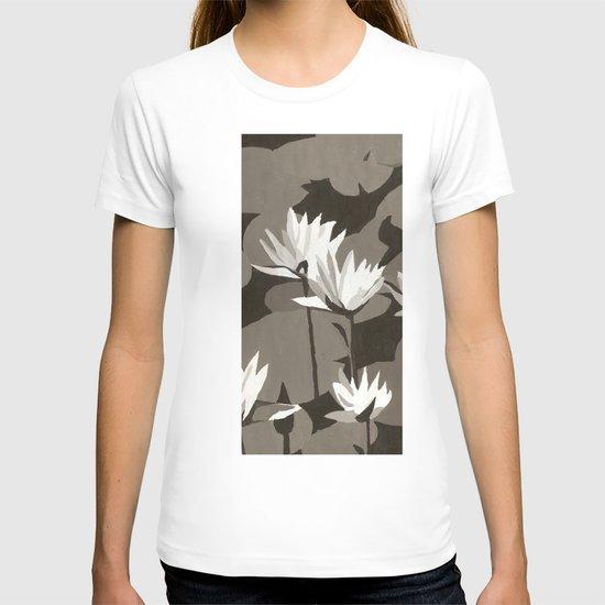 b&w flowers T-shirt