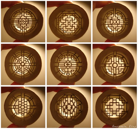 """Rolls """"Chinese windows"""" (Rouleaux """"Fenêtres chinoises"""") Art Print"""