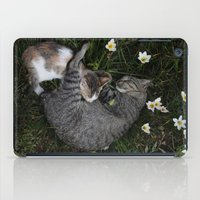 Sleep [A CAT AND A KITTE… iPad Case