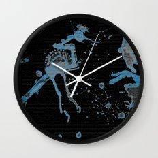 Blue Bird Lizard Wall Clock