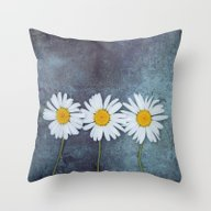 Three Marguerites Throw Pillow