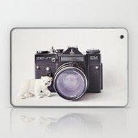 The Polar Bear And The Z… Laptop & iPad Skin