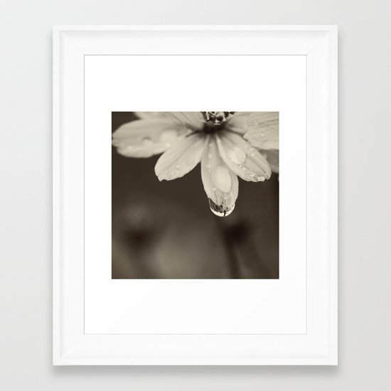 Waterdrop Framed Art Print