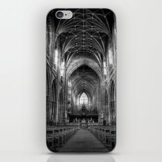 Gothique iPhone & iPod Skin