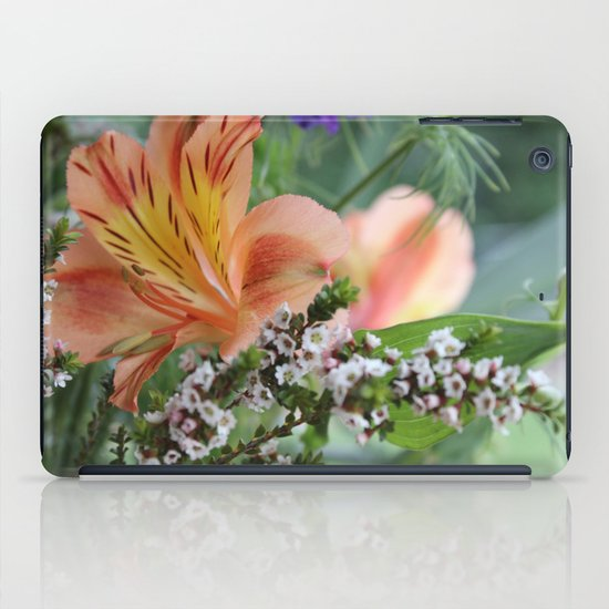 Freesia 2 iPad Case
