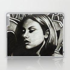 GRAFFITI GIRL Laptop & iPad Skin