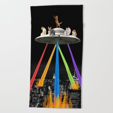CAT INVADERS Beach Towel