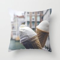 Love and ice cream Throw Pillow