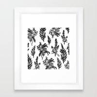 fleur noir Framed Art Print
