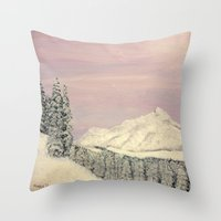 Winters soft blanket Throw Pillow