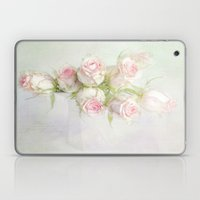 bouquet of roses Laptop & iPad Skin