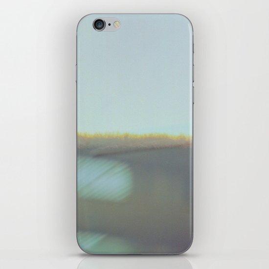 false horizon iPhone & iPod Skin