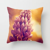 Lupin (light) Throw Pillow