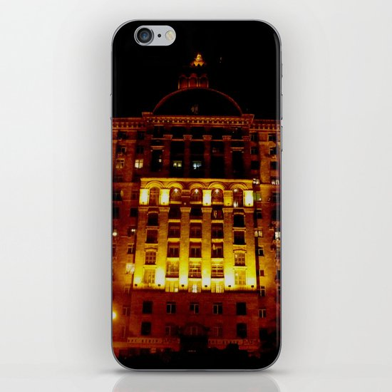 Night Crest 1 iPhone & iPod Skin