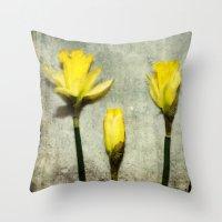Daffodil's Throw Pillow