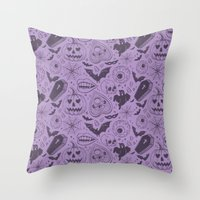 Spooky Scary Halloween print Throw Pillow