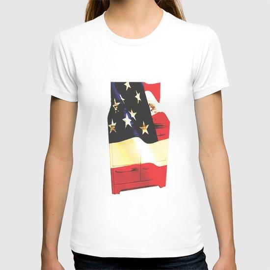American Homemaker  T-shirt