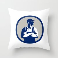 Organic Farmer Arms Folded Looking Side Circle Retro Throw Pillow