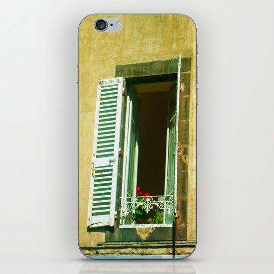 Paris 4 : Peep iPhone & iPod Skin