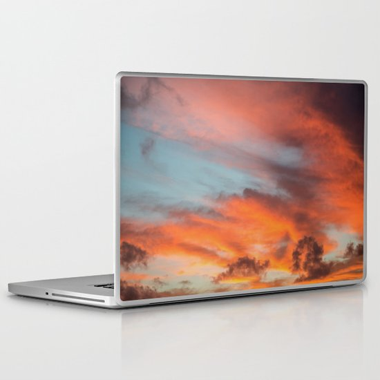 SIMPLY SKY Laptop & iPad Skin