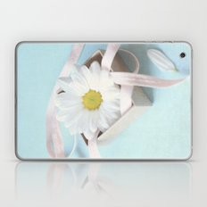 Daisy in a Box Laptop & iPad Skin