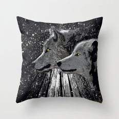 WOLF ENCOUNTER Throw Pillow