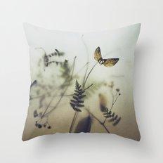 pine wings Throw Pillow
