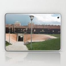 skate spot Laptop & iPad Skin