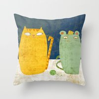 Cat-mouse Friendship Throw Pillow
