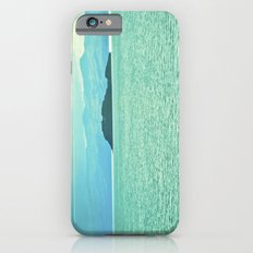 The intensity of the sea. iPhone 6s Slim Case
