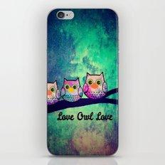 owl-582 iPhone & iPod Skin