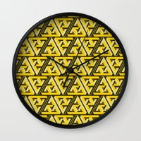 Impossible Trinity Wall Clock
