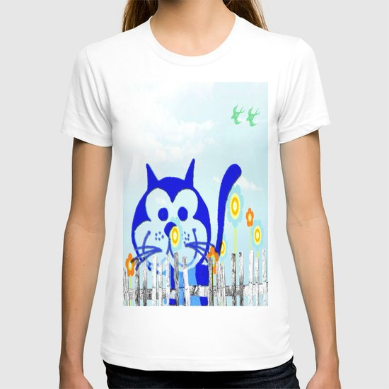 Cat behind the fence T-shirt